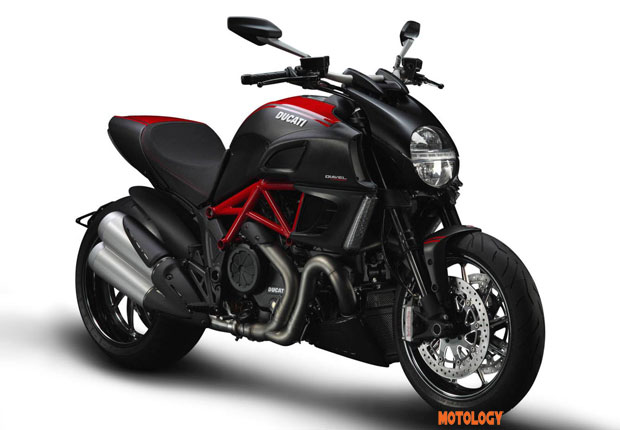 Ducati_diavel_motology
