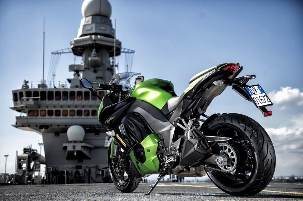 Kawasaki_Cavour_Pirelli1