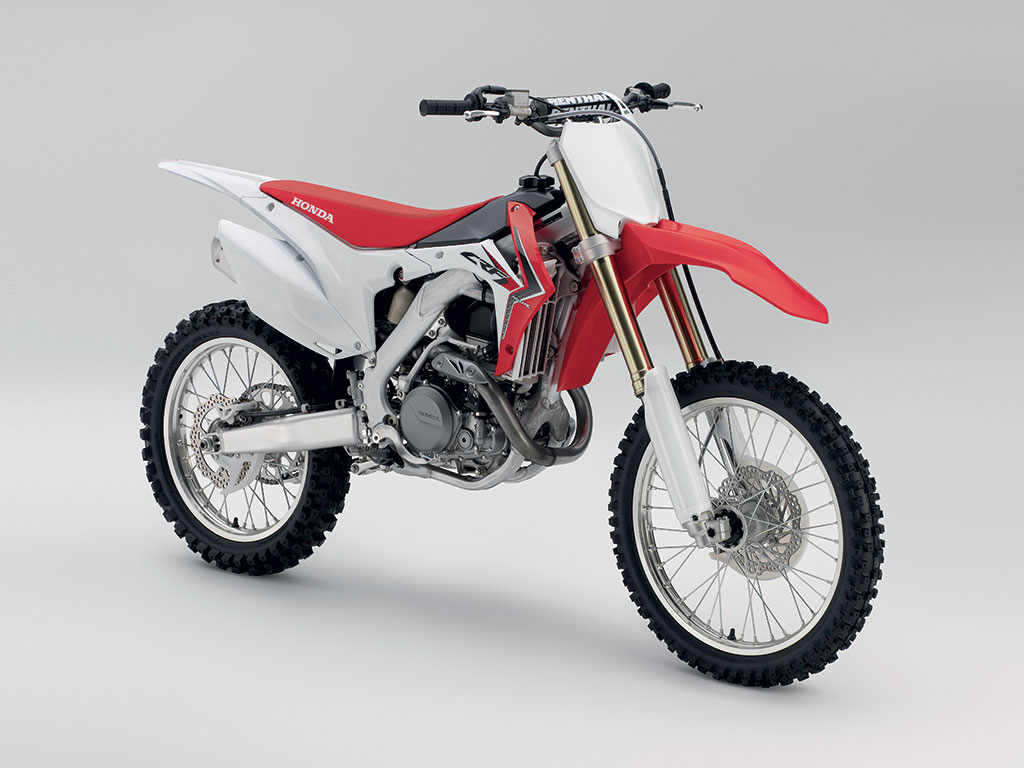Honda_CBR450RYM2014