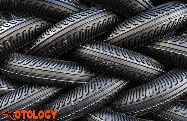 Pirelli_tyre_motology