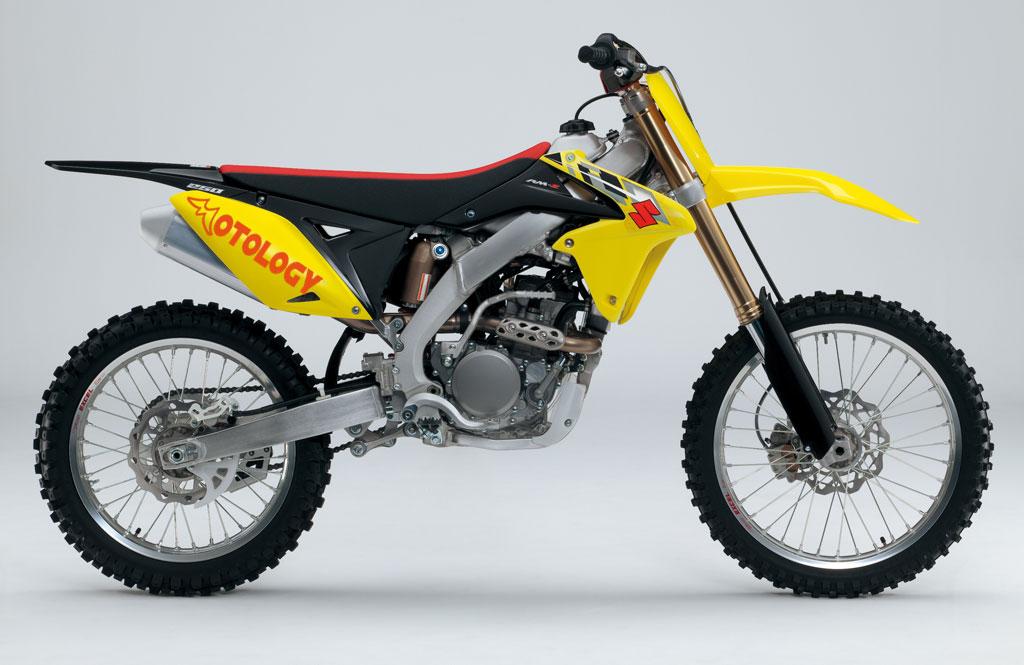 Suzuki-rmz-250-001