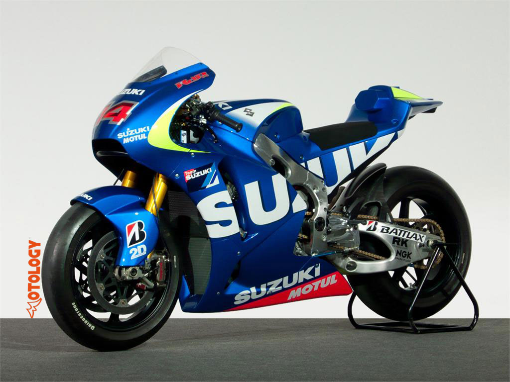 Suzuki_motogp_2015_01