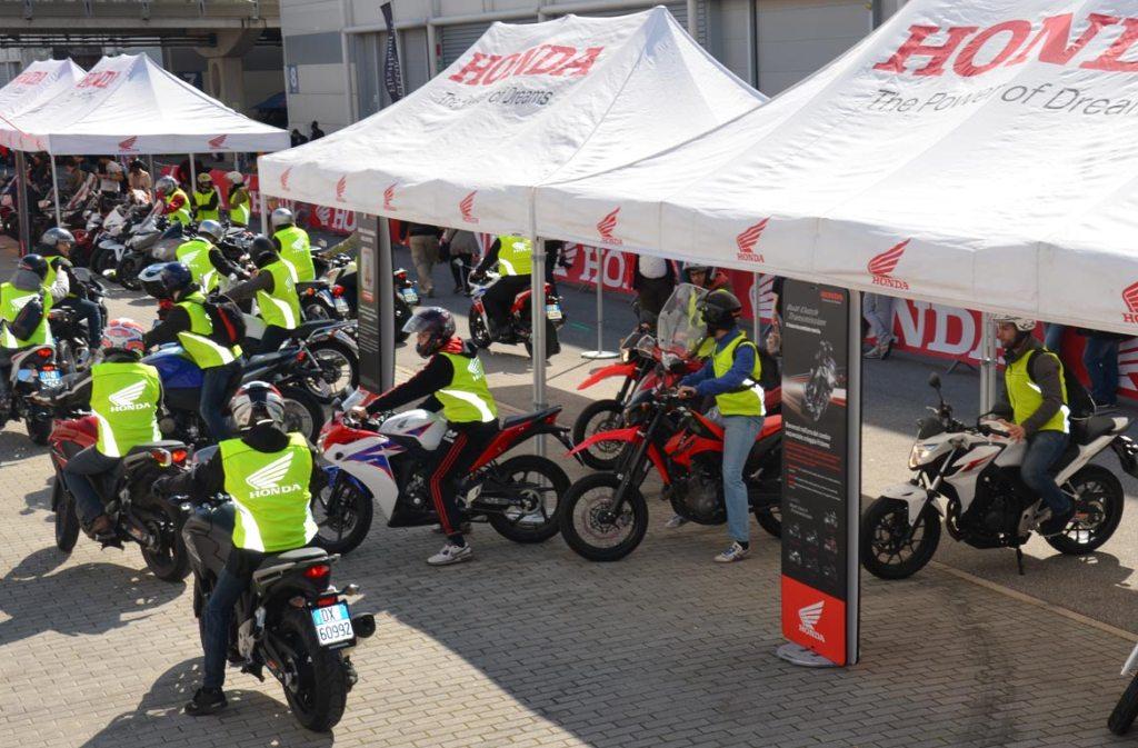 Honda_mercato_1