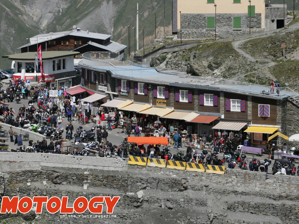 Motoraduno_Stelvio_International_Metzeler_01