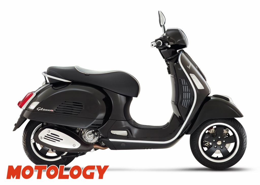 motology vespa gts super la grande vespa. Black Bedroom Furniture Sets. Home Design Ideas