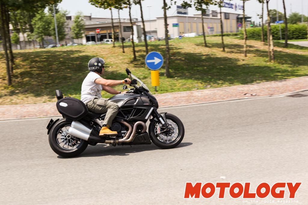 ducati_diavel_strada-1-2