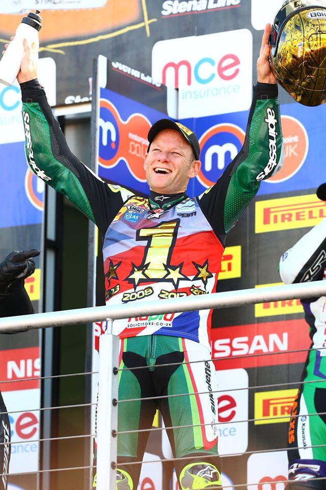 Shane-Byrne-gara2-campione-2014-Brands-Hatch-1