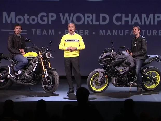 Rossi_Yamaha_Lorenzo_2015