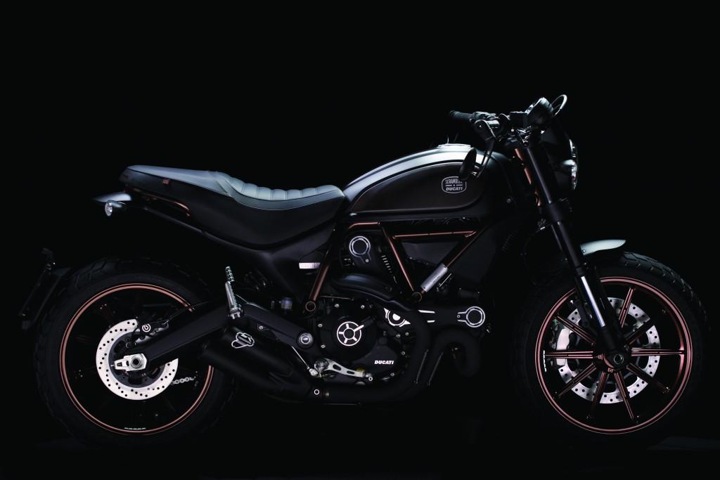 Ducati-Scrambler®-Italia-Independent_2015