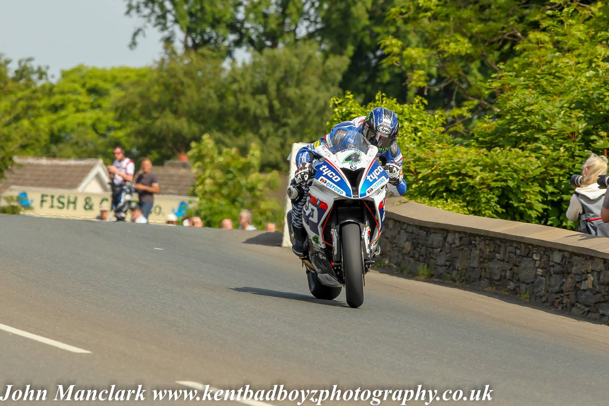 Ian Hutchinson RST Superbike Race